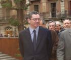 Ruiz-Gallardón ha descobert una placa a la Plaça de la Vila de Madrid.