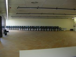 El Casal de Joves TorreBlanca amplia el seu espai amb la inauguració de la sala annexa