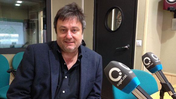 L'editor de Grup Vinari, Salvador Cot, visita els estudis de Cugat.cat