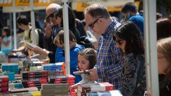 Un mes per a Sant Jordi: coneix les activitats del Dia del Llibre a Sant Cugat