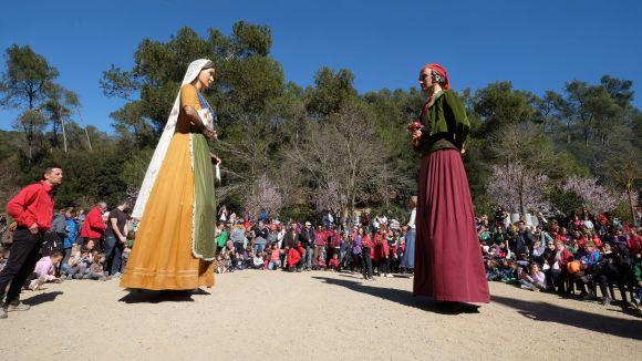 Els santcugatencs mantenen la tradició viva i s'apleguen a Sant Medir