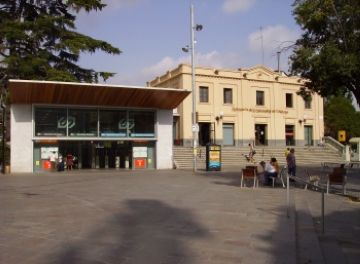 El ple responsabilitza l'Estat espanyol de la pujada tarifària de l'ATM