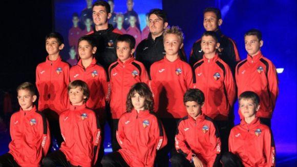 Els equips del SantCu es presenten aquest divendres davant l'afició / Font: SantCu