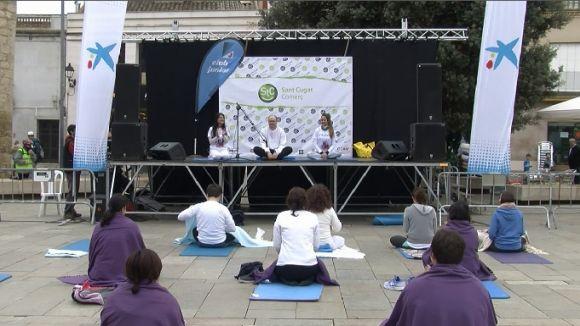 El ioga ha estat una de les activitats de la campanya 'Santcugalidaritat'