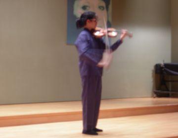 La violinista Curbasi arrenca la temporada de concerts de Joventuts Musicals amb Bach