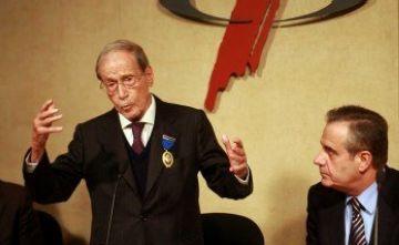Periodistes santcugatencs, contra la medalla d'honor a Carles Sentís pel seu passat franquista