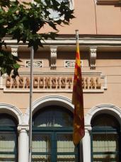 ERC insta l'alcalde a fer onejar la senyera en solitari durant la Festa Major