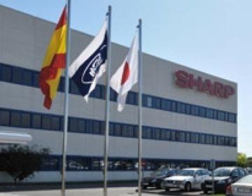 El SOM formarà els treballadors de Sharp per a la nova producció de la planta