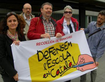 2.000 santcugatencs ja han signat en defensa de l'escola en català