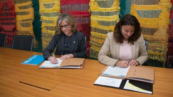 La signatura del conveni / Foto: Localpres