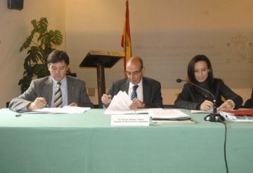 Signat el conveni per construir habitatge per a universitaris a l'Escola d'Arquitectura