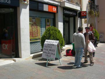 Arriba a Sant Cugat la recollida de signatures per reclamar la dació en pagament