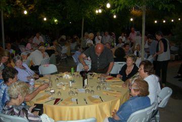 Més de 170 persones assisteixen al sopar benèfic organitzat per la Llar d'Avis de la Parròquia