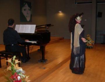 'Sopranos' posa el talent musical al servei de la lluita contra la leucèmia