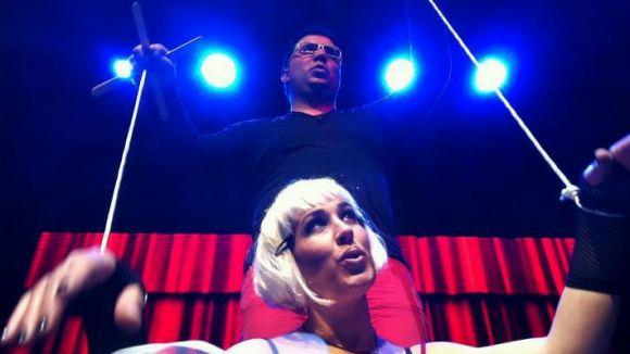 La banda STereo podria fitxar per la discogràfica EMI