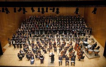 La gent gran de la ciutat celebra el Nadal amb un concert al Teatre-Auditori