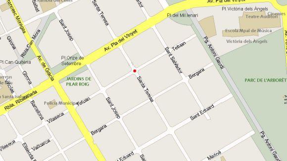 Tall de trànsit al carrer de Santa Teresa a la cruïlla amb el carrer de Tetuan