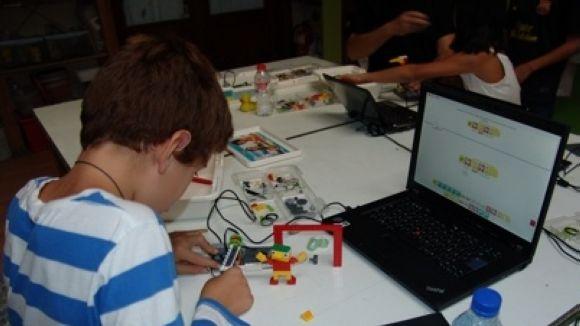 Pou d'Art organitza un any més els tallers de Nadal per a joves i nens