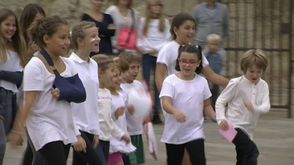 Els Tallers Sílvia Servan treuen el teatre al carrer per inaugurar el curs