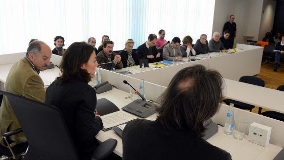 Els representants polítics al consistori analitzen la Taula d'Habitatge