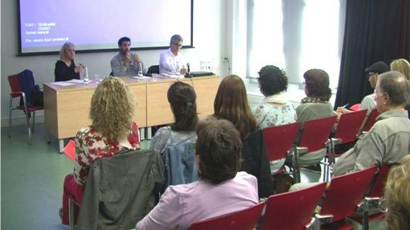 'Cuidar i cuidar-se', una reflexió per a les professions socials