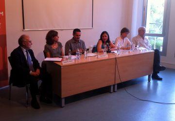 La defensa de la llengua i del país centren la taula rodona sobre Joan Solà