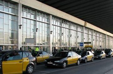 L'augment de la demanda de taxis a l'estiu es manté, tot i la conjuntura econòmica