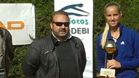 Rus i Carballés són els nous guanyadors del torneig ITF del Natació Sant Cugat