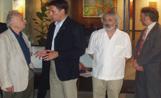 L'artista Grau Garriga amb l'alcalde durant la Nit de l'Art