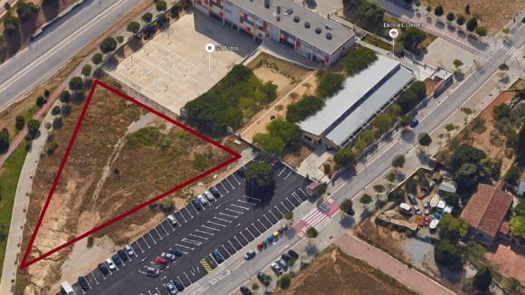 El ple municipal cedeix a la Generalitat els terrenys per ubicar els barracons de la nova escola