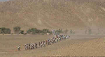 Els santcugatencs més forts, a través del desert