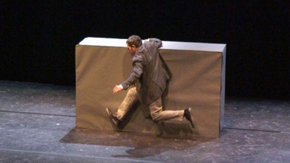 Toni Mira planta 'Monòlit' al Teatre-Auditori per mostrar la seva part més personal