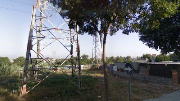 La torre travessa l'AP7 i la B30 / Foto: Google Maps