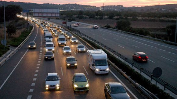 Mig milió de vehicles sortiran de l'àrea metropolitana en l''Operació sortida'