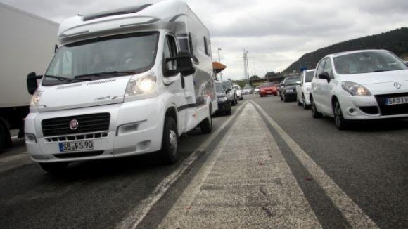 Es preveu que 300.000 vehicles tornin avui a l'àrea metropolitana de Barcelona