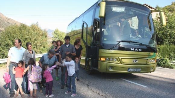 Partida de 10.000 euros per reduir el cost del bus escolar les Planes-la Floresta