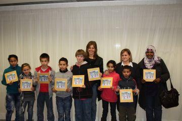 Els nens sahrauís i el Consell d'Infants, protagonistes del nou conte de les Tres Bessones