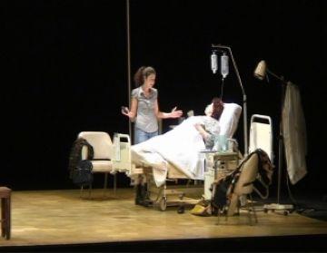 La versió de la Caputxeta de Javier Daulte provoca tota mena de reaccions al Teatre-Auditori