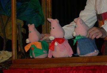 'Els Tres Porquets' de Can Ninot consciencien els més petits de la importància de la feina ben feta