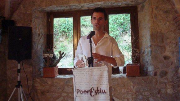 Daniel Ruiz-Trillo agermana poetes i cantautors a l'Empordà