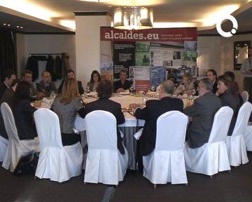 Els municipis demanen un millor finançament local i més eficàcia al proper president de la Generalitat