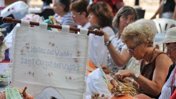 Puntaires santcugatenques i d'arreu de Catalunya participen en la jornada / Foto: Localpres