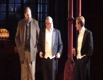 El suspens i la intriga de l'obra 'Truca un inspector' atrapa el públic del Teatre-Auditori