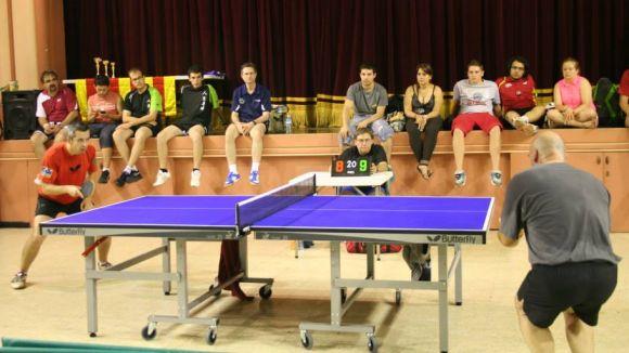 Més 100 palistes s'han inscrit al 1r Open de tennis taula de la UESC