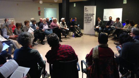 Un País en Comú debat sobre política territorial a Sant Cugat abans de l'assemblea constituent