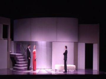 'Un marit ideal' exposa la doble moral de la classe política i l'alta societat al Teatre-Auditori
