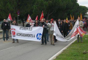 Diversos polítics se sumen a la campanya de suport als treballadors d'HP