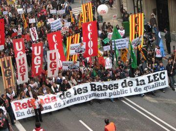 Els sindicats de l'ensenyament se sumen a la vaga del 2 de juny