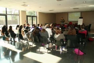 L'Institut Arnau Cadell participa en un projecte contra els estereotips de gènere
