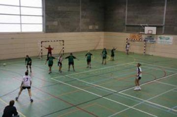 El Valldoreix femení cau derrotat en el partit pendent davant l'Handbol Mataró